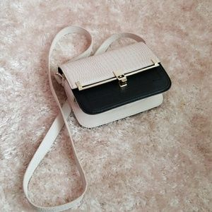 Black And White Woman Handbag